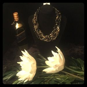 Chunky black & gold necklace w/matching earrings